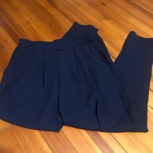 Boohoo plus size 16 navy blue pleated trousers